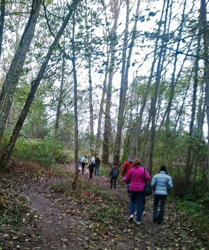 oct20-People-on-Trail