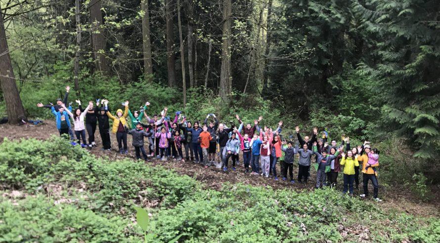 Earth Day 4-22-17 volunteers in Juanita Heights Park