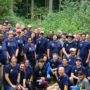Expedia volunteers work in Juanita Woodlands